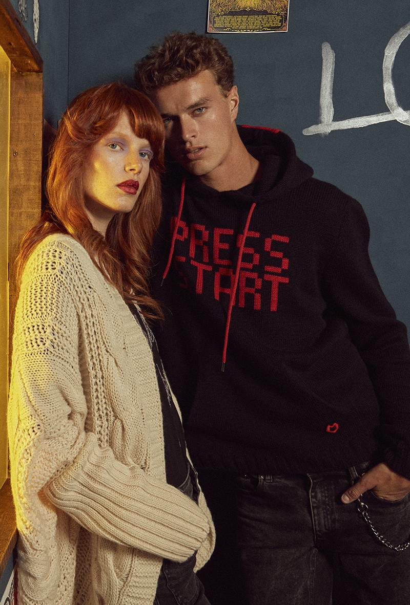 SUDADERA  DE PUNTO PRESS START